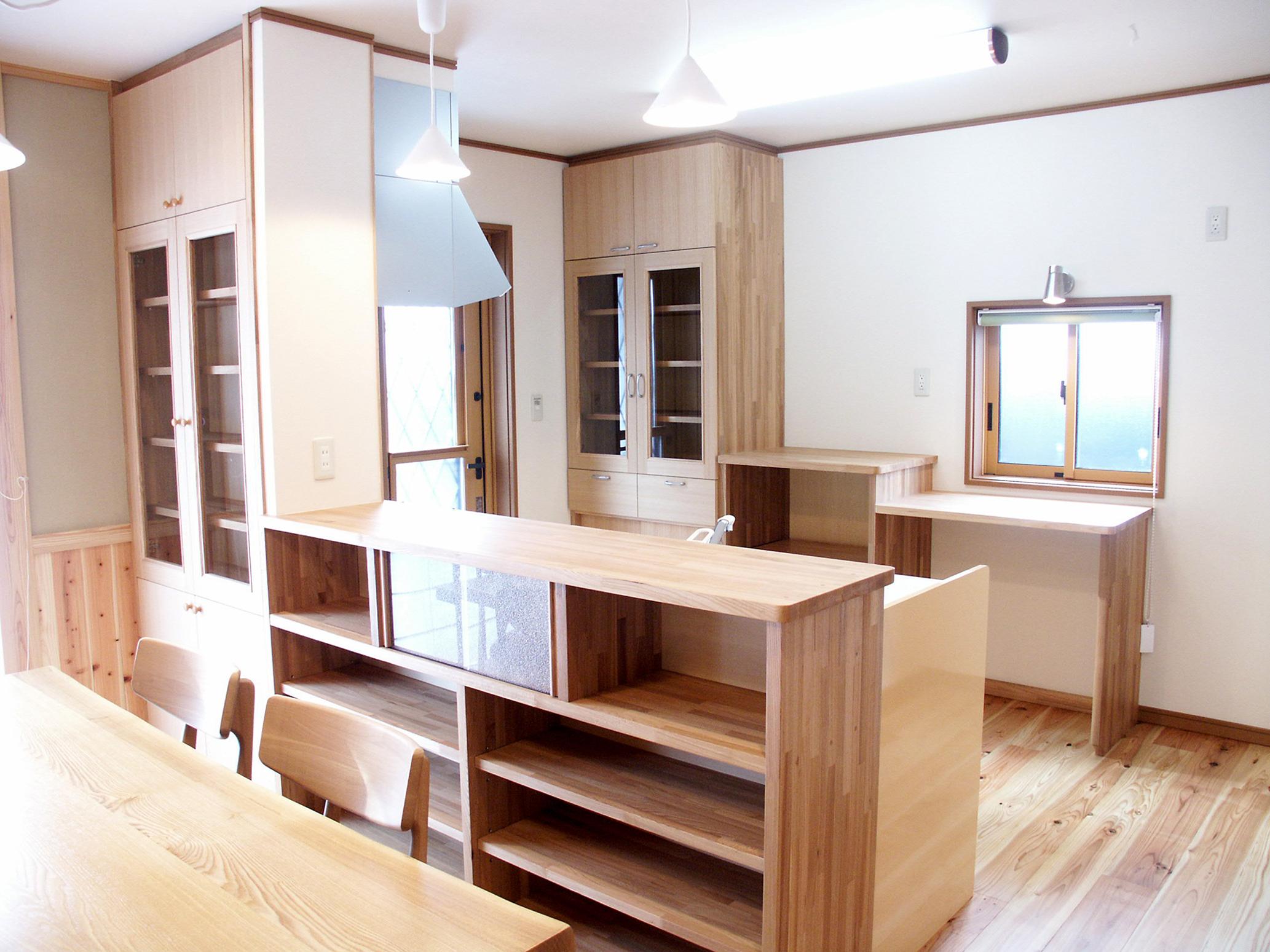 佐久市の注文住宅|在来工法で建てる暖炉のある温かい家
