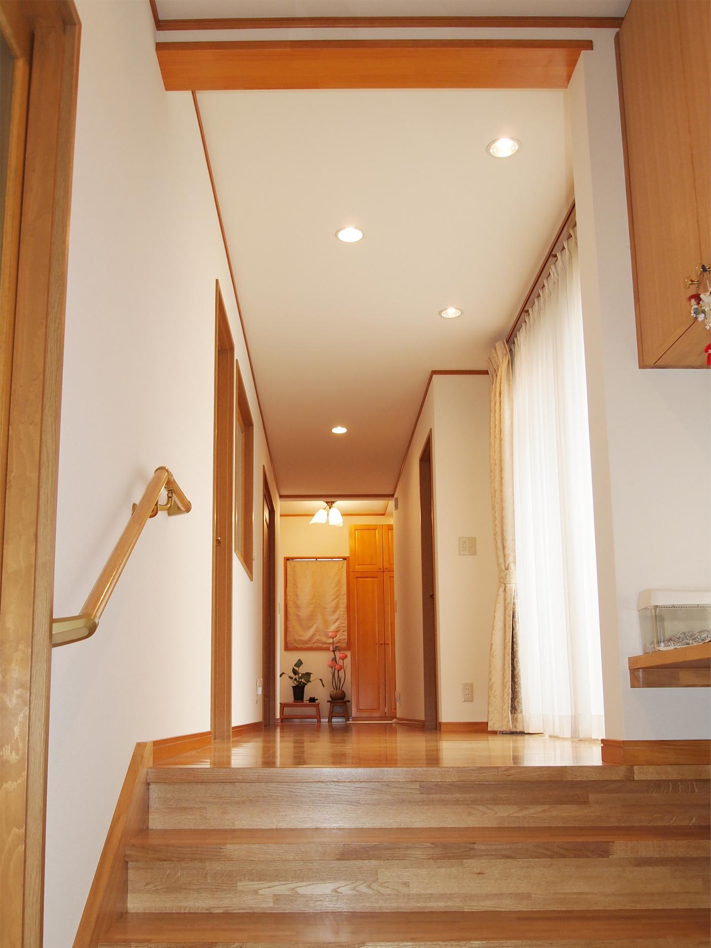 二世帯のそれぞれの寛げる空間を考えた家